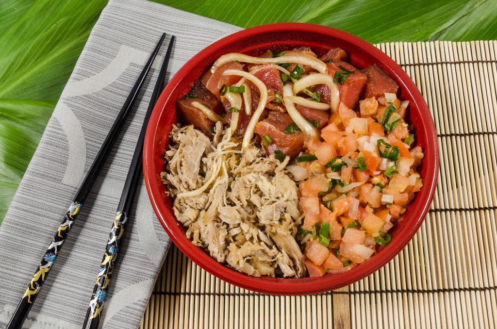 Local Deluxe Poke Bowl - Medium or Large (choice of poke with white or brown rice).